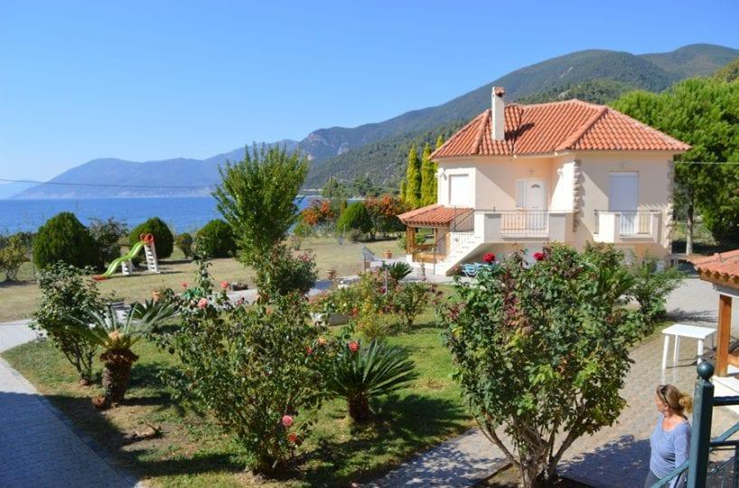 beachfront holiday villas