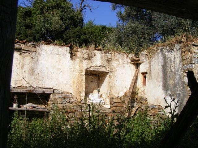 evia old renovation cottage