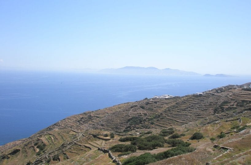 Cyclades building land