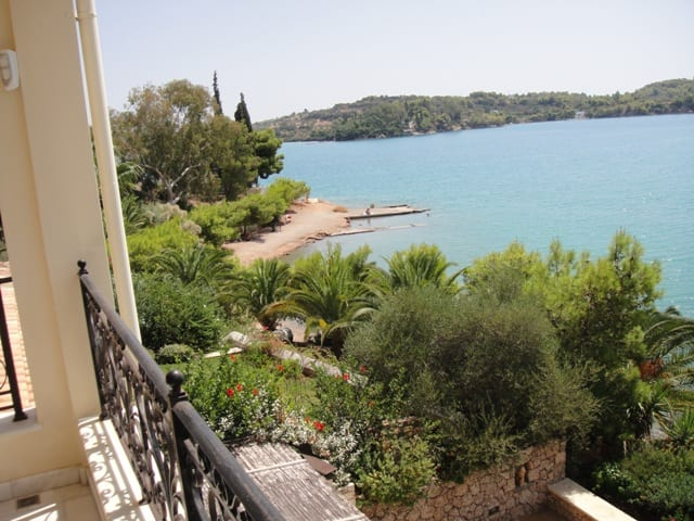 beachfront maisonette Porto Heli
