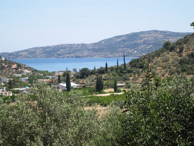 Peloponnese cottage for sale at Kaloni