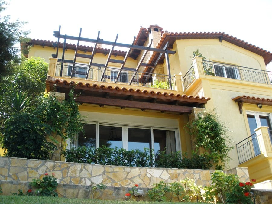 Villa for sale In Attika Kalamos