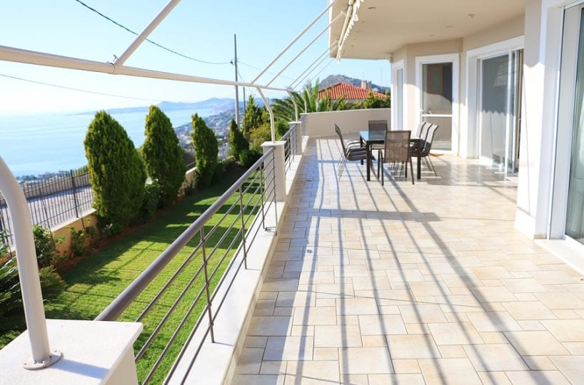 Athenian Riviera a luxury villa at Lagonissi