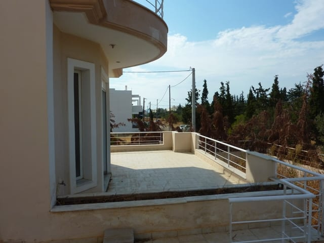 Villa near the sea at Loutraki