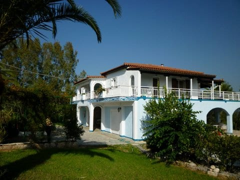 Peloponnese a 5 bedroom luxury villa
