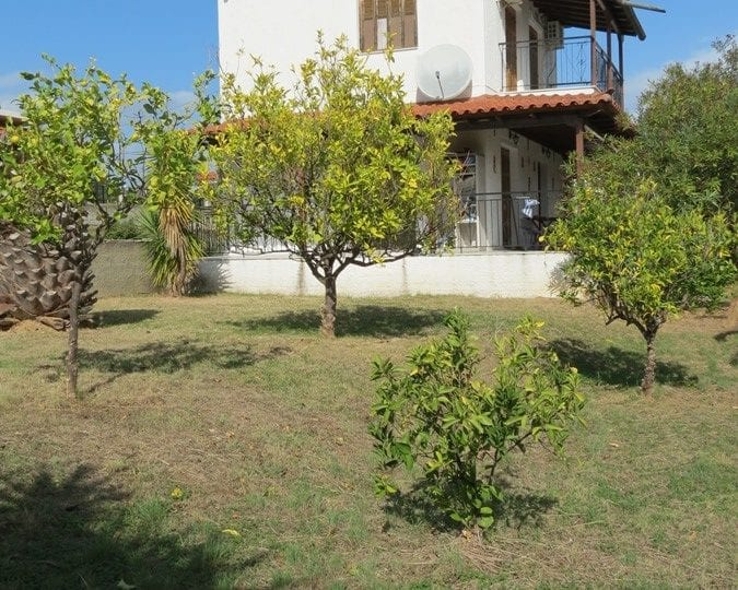 Koroni Episcopi house near beach