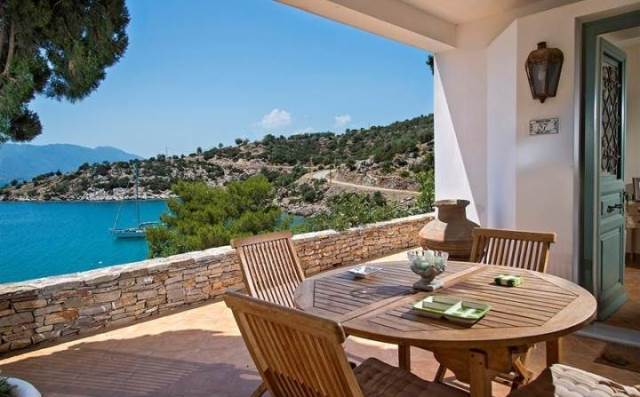 Poros beachfront villa with private jetty