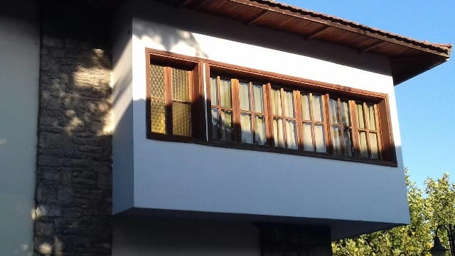 chalet type hotel building