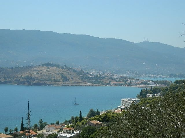 building land on Poros
