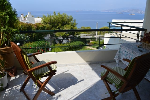 Saronida sea view apartment