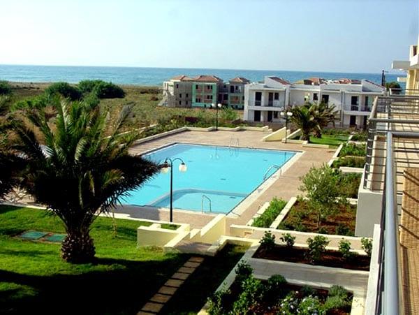 beachfront maisonette Pyrgos Psilonerou