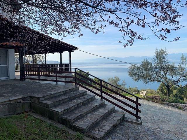 Derveni Villa Corinthia